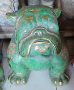 Bulldog in cement. Size H40, L45, W30 cm. Price FOB 22,45 usd incl packing wooden crate. Order code CP059.