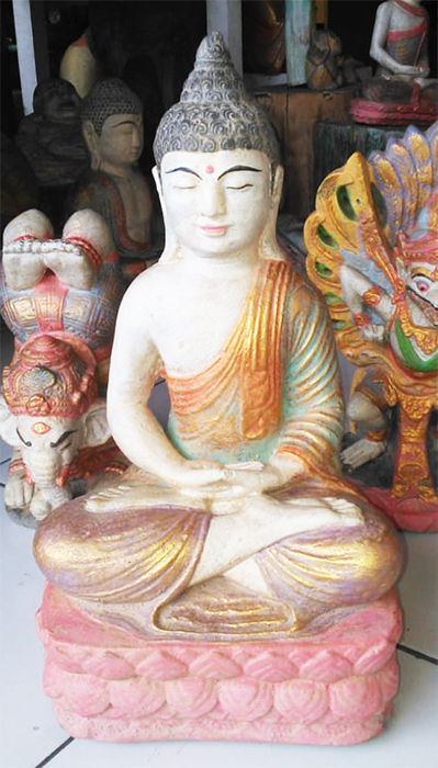 Sitting Buddha on lotus base in cement. Size H40 cm. Price 9,60 usd excl packing. Art. code: CP082.