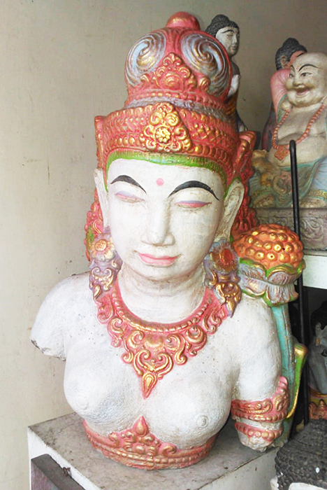 Dewi Tara Torso in cement. Size H50 cm. Price 21,30 usd excl packing. Art. code: CP083.
