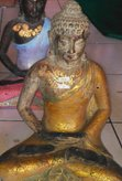 Sitting Buddha in cement. Size H32 cm. Price FOB 6,05 usd excl packing. Art. code: CP092.