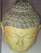 Buddha head in cement. Size H18 cm. Price FOB 2,65 usd excl packing. Art. code: CP098.