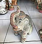 Elephant in cement. Size H20, L22, W13 cm. Price FOB 3,70 usd excl packing. Art. code: CP108.