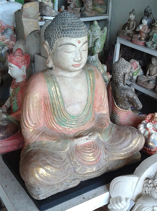 Buddha in cement. Size H40, L35, W20 cm. Price FOB 17,25 usd incl wooden pack. Order code CP021.
