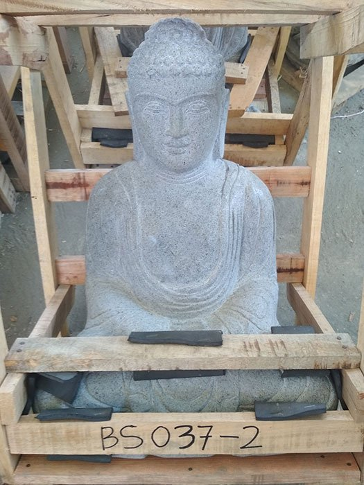 Sitting Buddha Japan Riverstone. Size: H50, L35, W25 cm. Art. code BS037. Price Exwork 99,00 usd, Price FOB 102,50 usd. Port Semarang Indonesia.