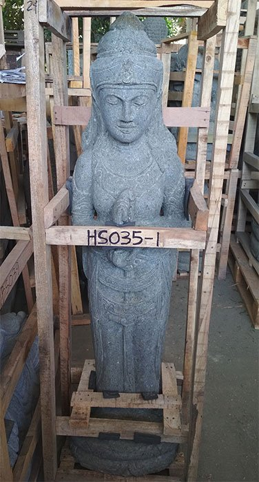 Standing Sri Dewi. Natural Stone (Basanite). Size: H120, L25, W30 cm. Art. code HS035. Price Exwork 50,00 usd, Price FOB 56,50 usd. Port Semarang Indonesia.