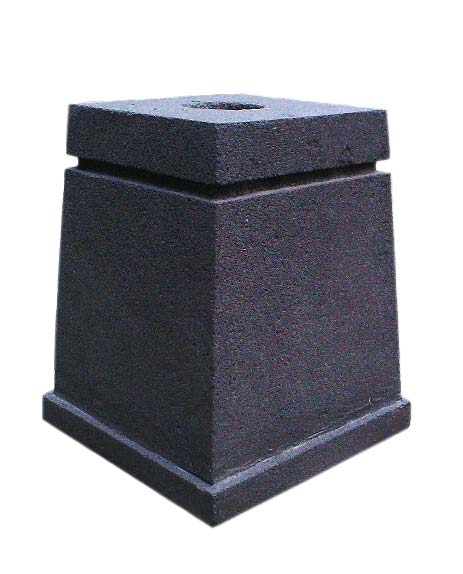 Stone stand for flag. Made in black lavastone. Ordercode: StandFlag2. Size H30W25L25cm. Price FOB 17,00 usd incl packing paperbox and coated stone. Art. code: Standflag2N is stand without coating 16,50 usd.
