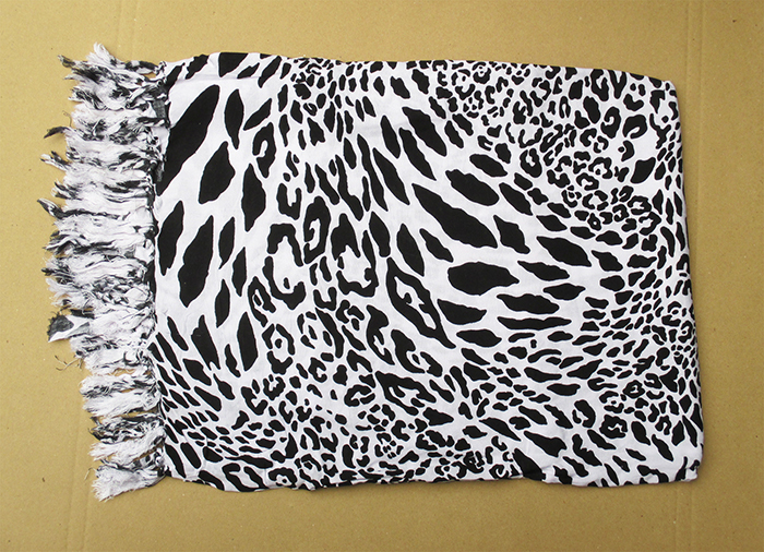 Art. code: ZS002. Size 180 x 115 cm. Price FOB 3,30 usd.