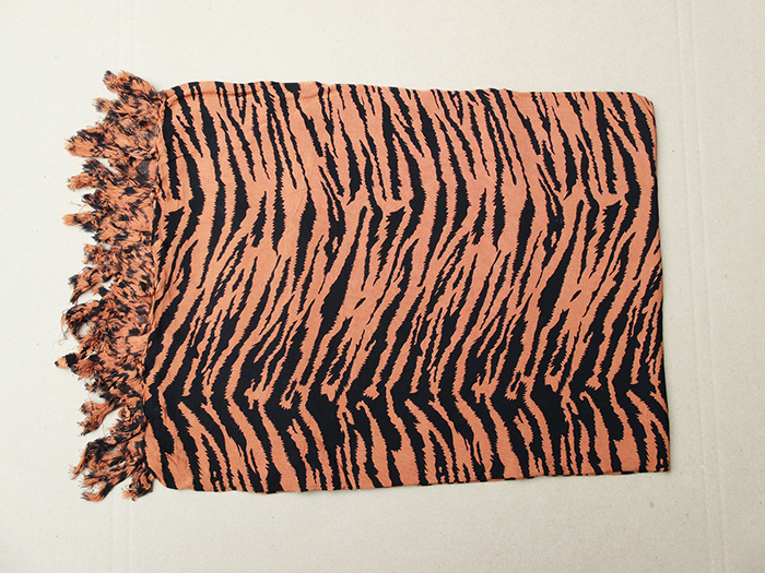 Art. code: ZS004. Size 180 x 115 cm. Price FOB 3,30 usd.