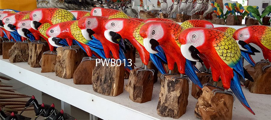 Painted wooden bird. Art. code PWB013. Size H 18cm. Price FOB